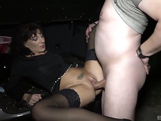 Hot mature finds out how good is to have a passion in hardcore