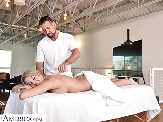 Slutty join in matrimony Sophia Deluxe is cheating on her man with drawing massage boy