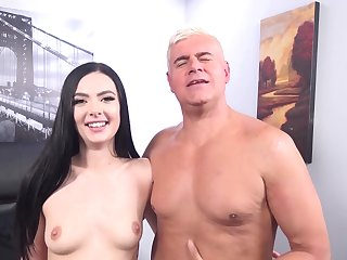 Trimmed pussy Marley Brinx takes a massive dick be expeditious for an older guy